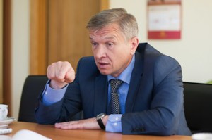 По мнению главы «Янтарного союза», «янтарщиков» держат на голодном пайке