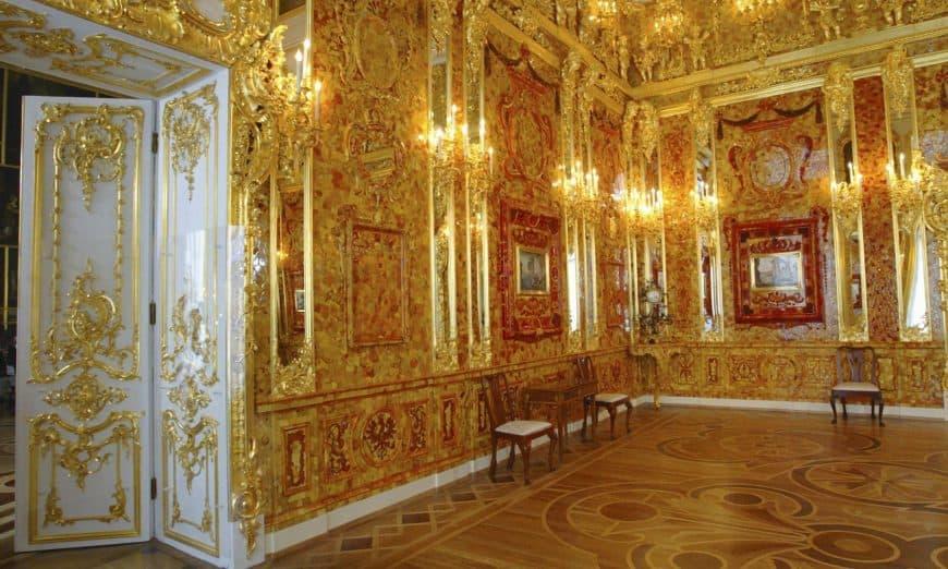 Кражу Янтарной комнаты покажут в Музее Победы