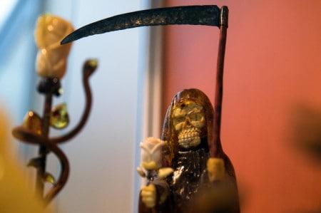 По первому уголовному делу за нелегальную добычу янтаря назначено 480 часов обязательных работ